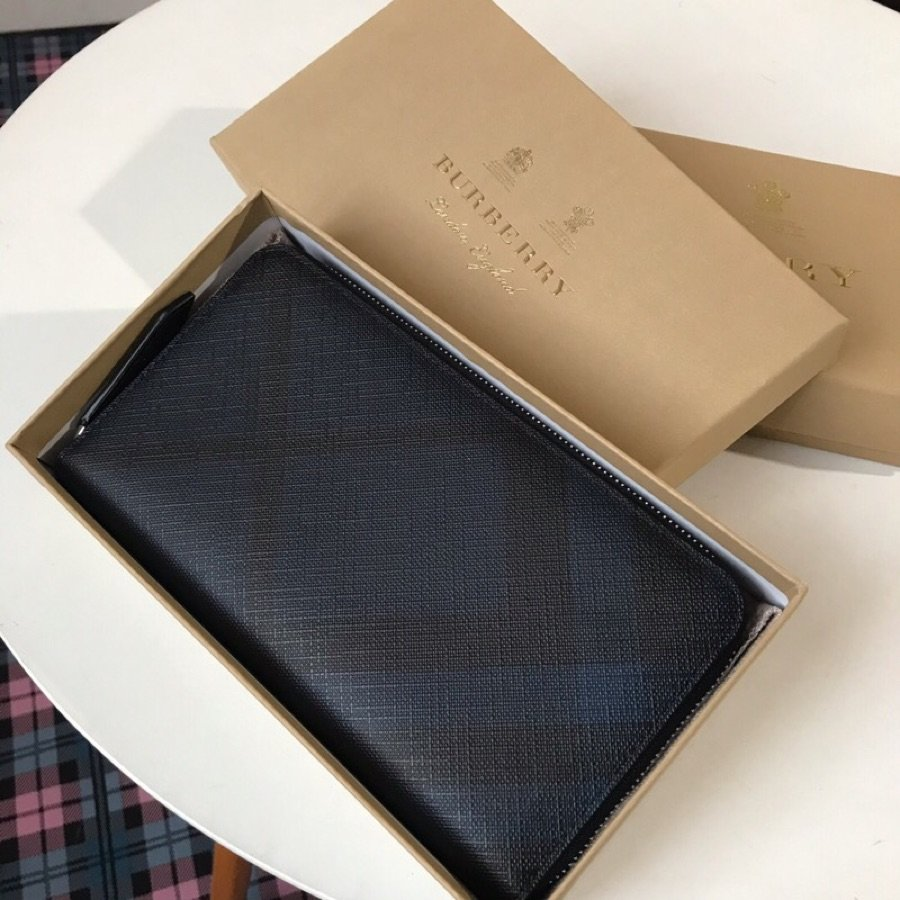 Replica Burberry Men London Check and Leather Ziparound Wallet Blue