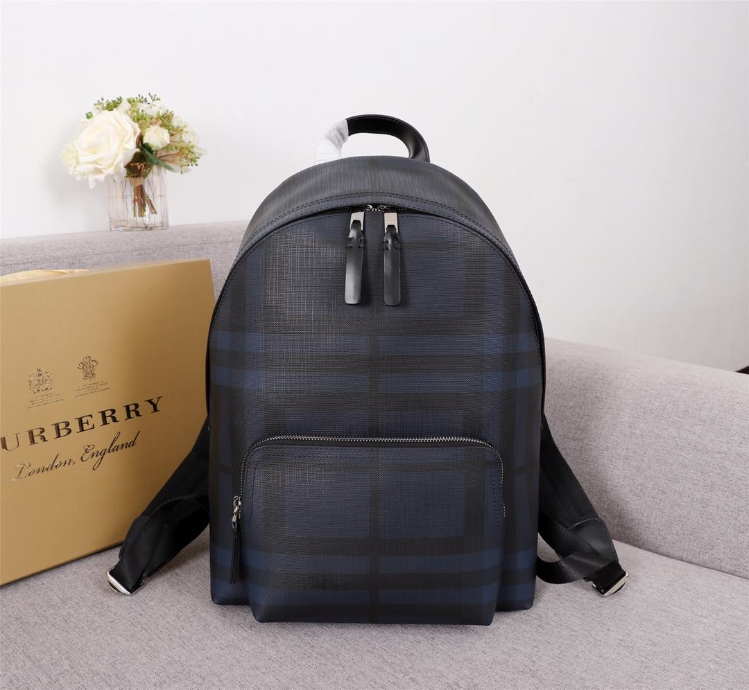 AAA Replica Burberry 40315661 Men Leather Trim London Check Backpack Navy