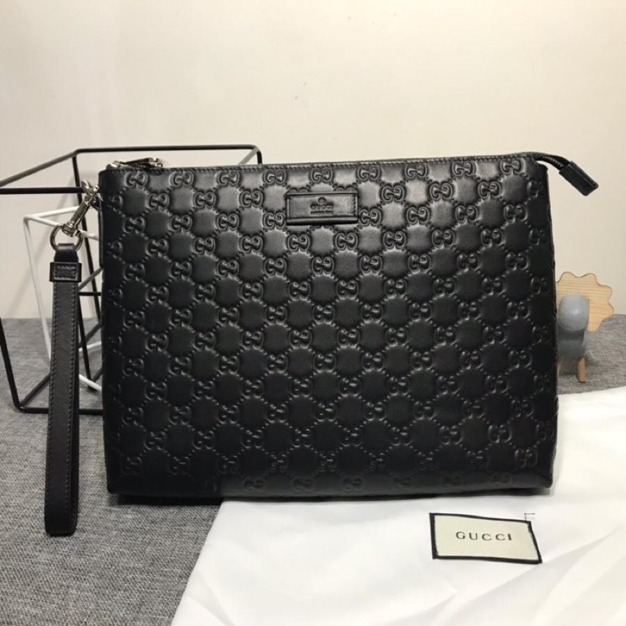 AAA Replica Gucci Mens Gucci Signature Soft Messenger Bag 473881