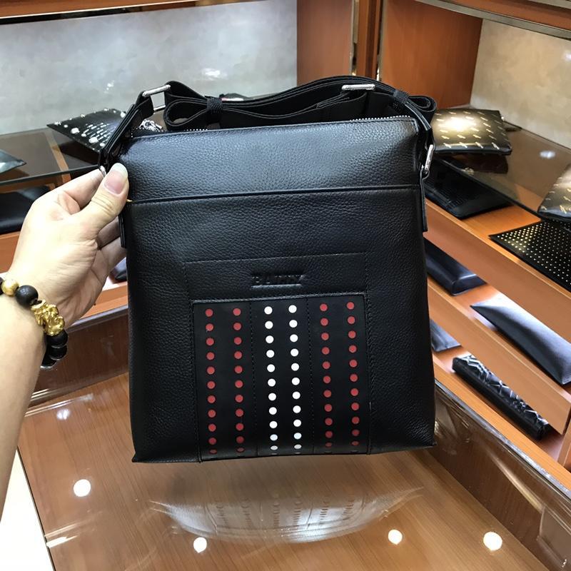 Bally 3174-4 Men Leather Messenger Bag