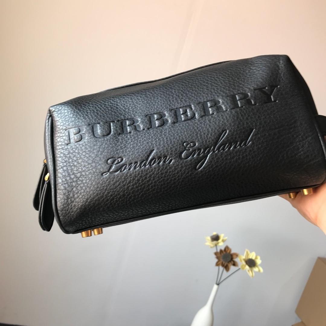 Burberry Men Women Leather Pouch Storage Bag