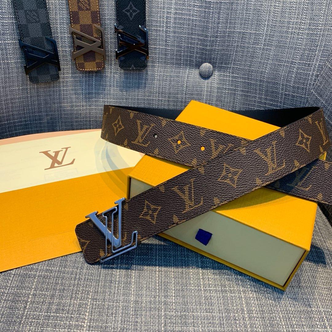 Cheap Replica Louis Vuitton Men Leather Belt Width 4cm 092