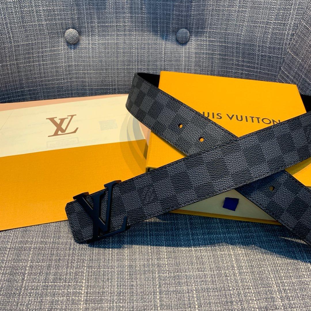 Cheap Replica Louis Vuitton Men Leather Belt Width 4cm 093