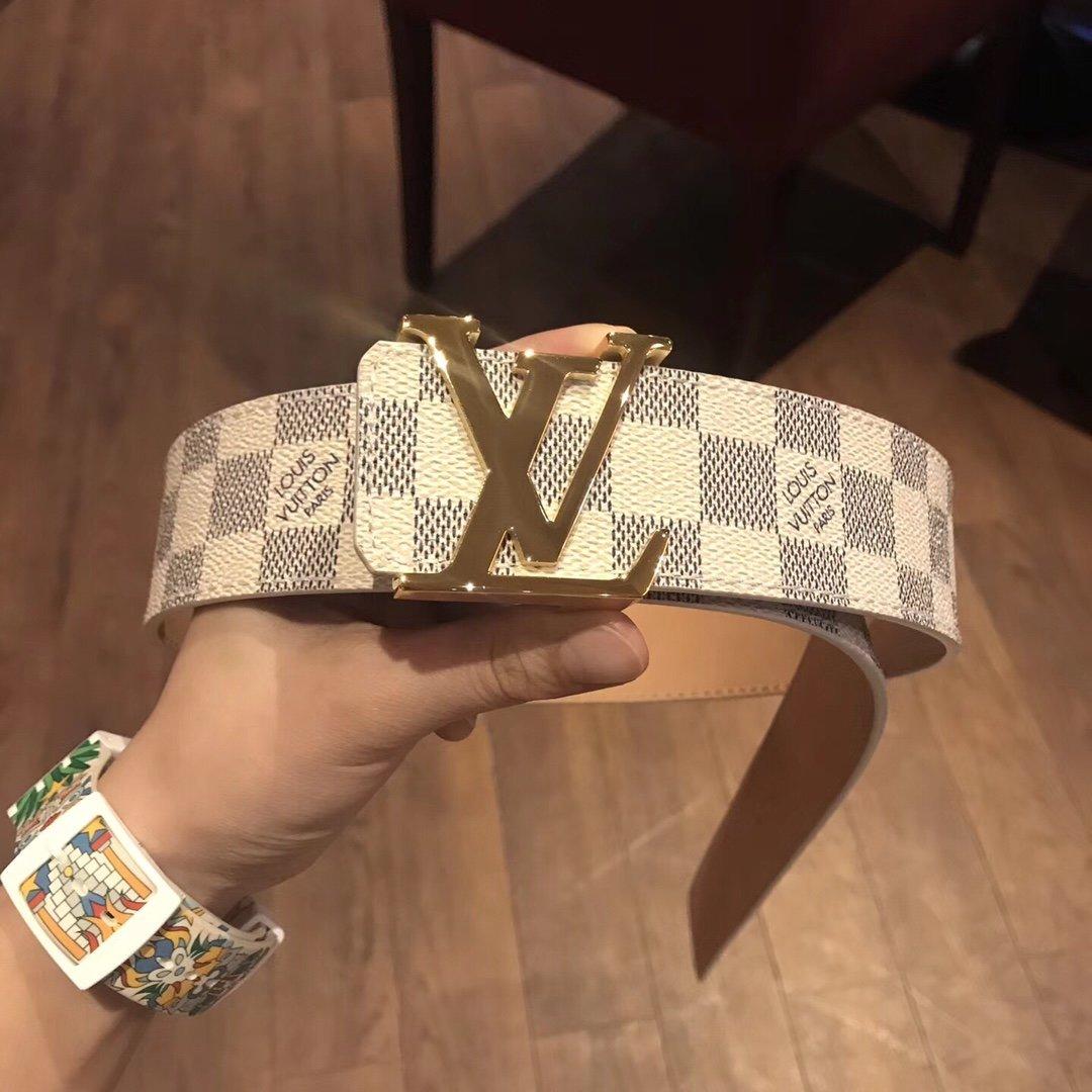 Cheap Replica Louis Vuitton Men Leather Belt Width 4cm 097