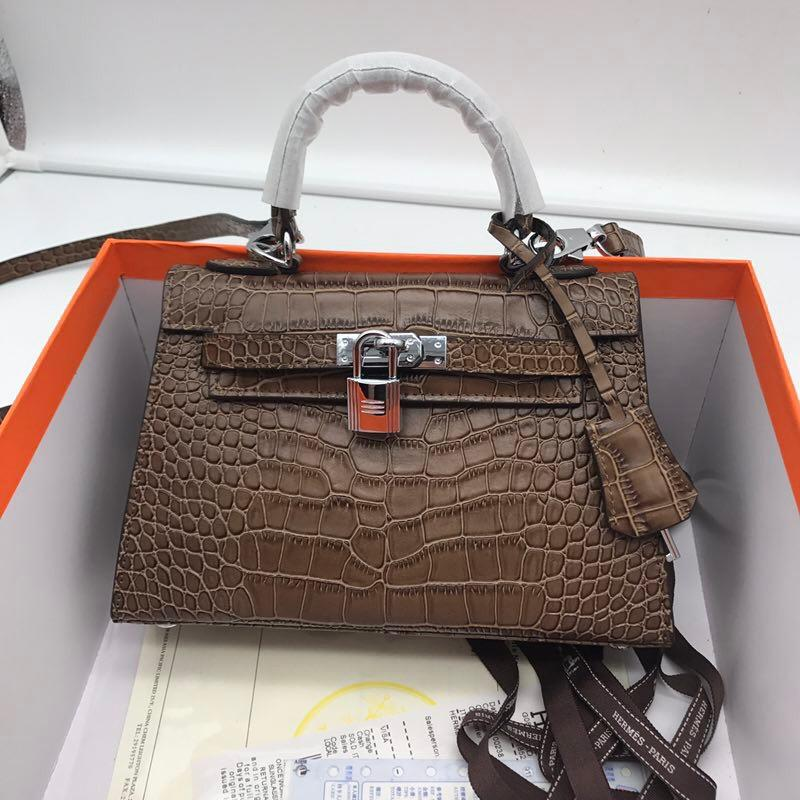 Hermes 22cm Kelly Bag Crocodile Stripe Handbag Light Coffee With Silver
