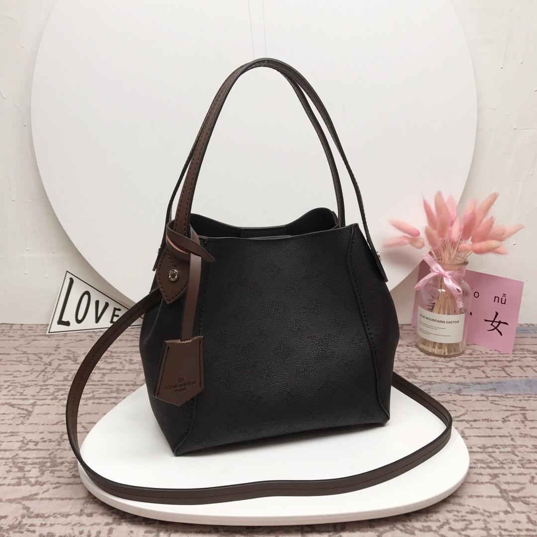 Louis Vuitton M54351 Hina PM Mahina Perforated Calf Leather Handbag Khaki