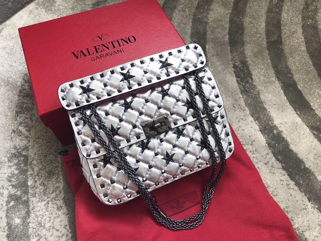 Original Replica Valentino Medium Star Rockstud Spike Chain Bag White