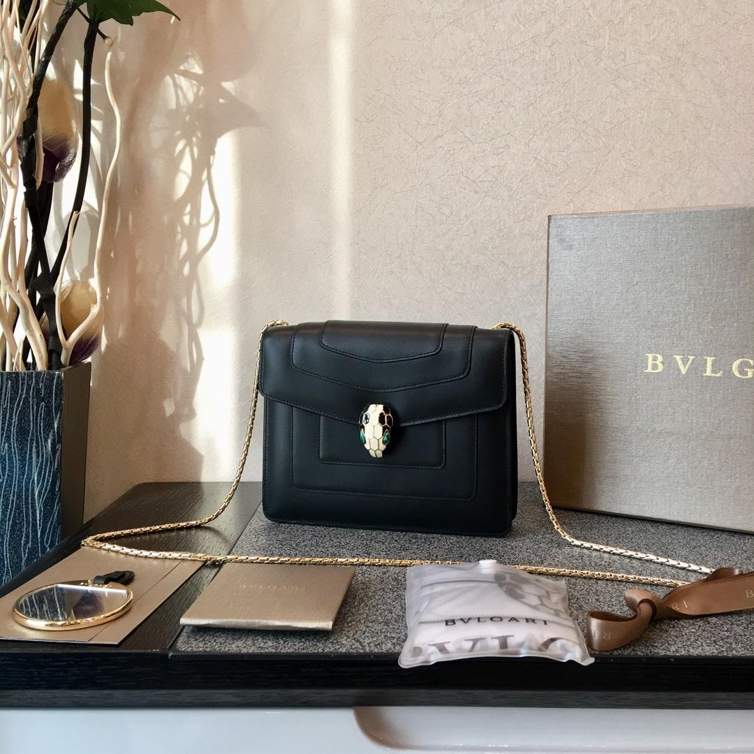 Replcia Bvlgari Serpenti Forever Crossbody Bag in Black Calf Leather