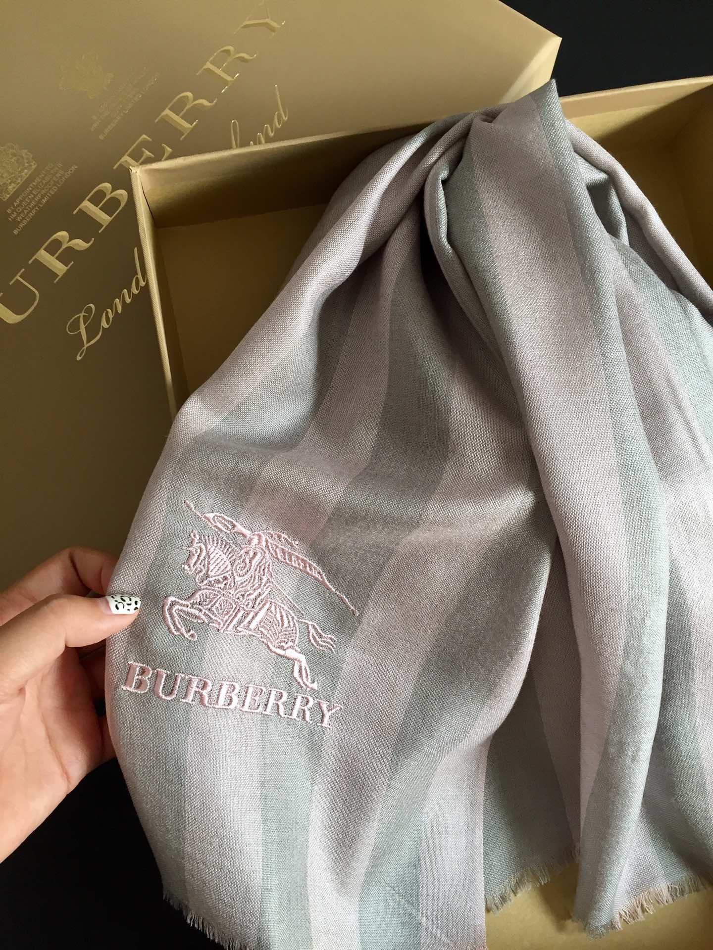 Replica Burberry Women Scarf Cashmere 0011