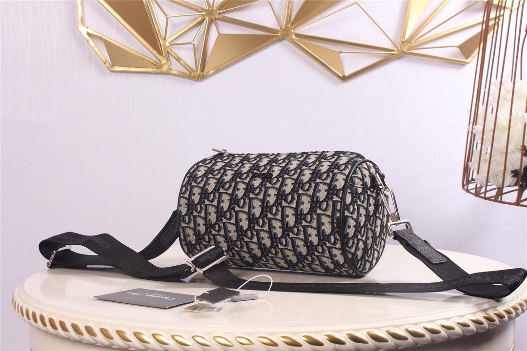 Replica Dior Roller Dior Oblique Messenger Bag