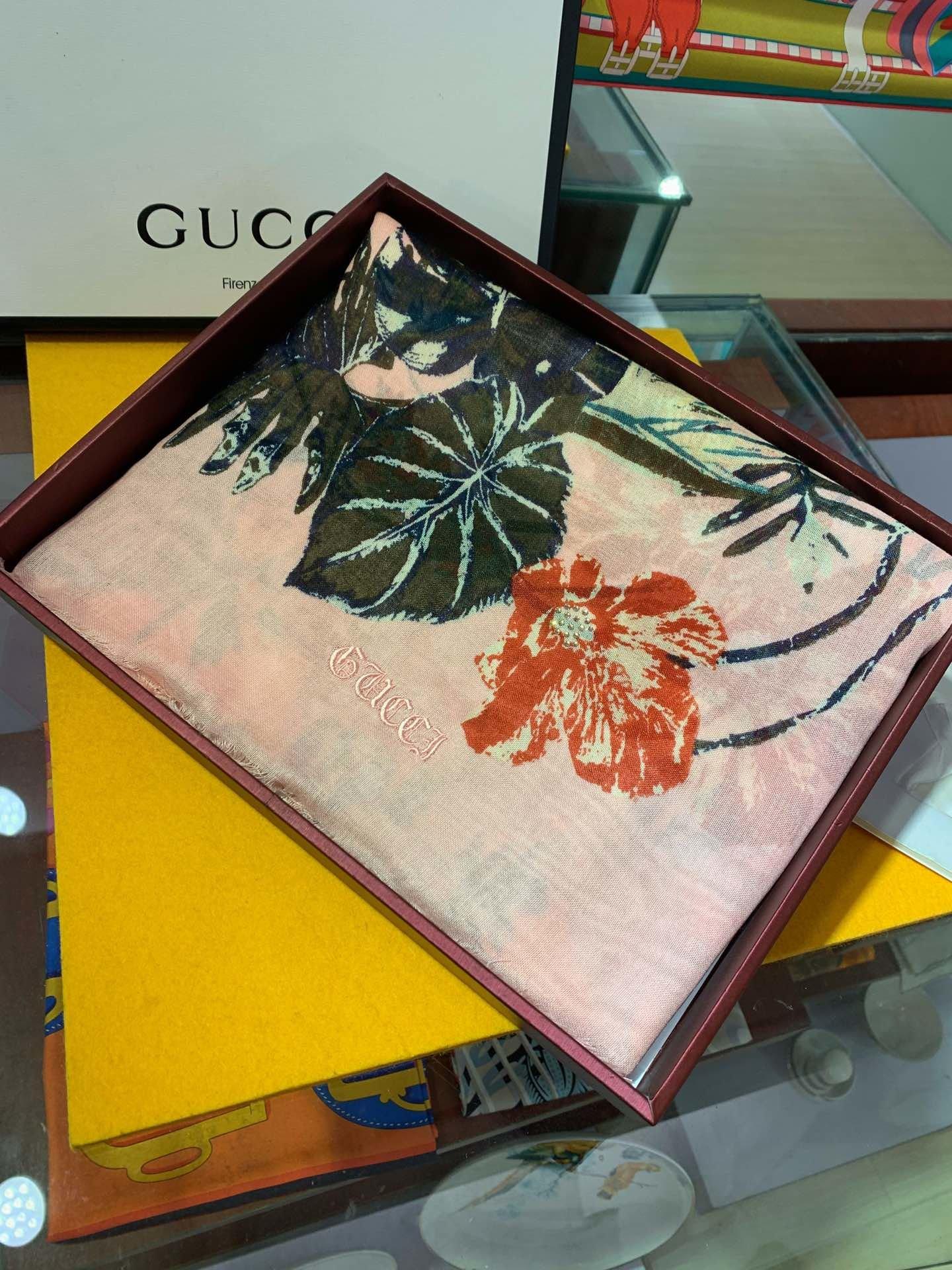 Replica Gucci Women Scarf 0011