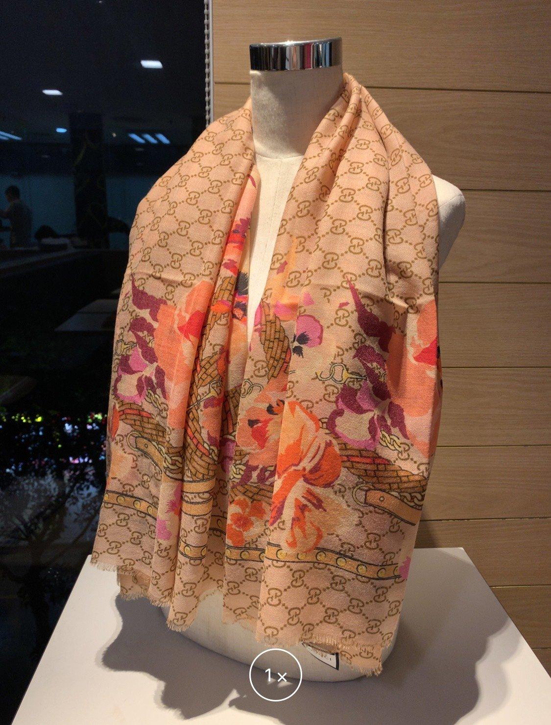 Replica Gucci Women Scarf Cashmere 0003