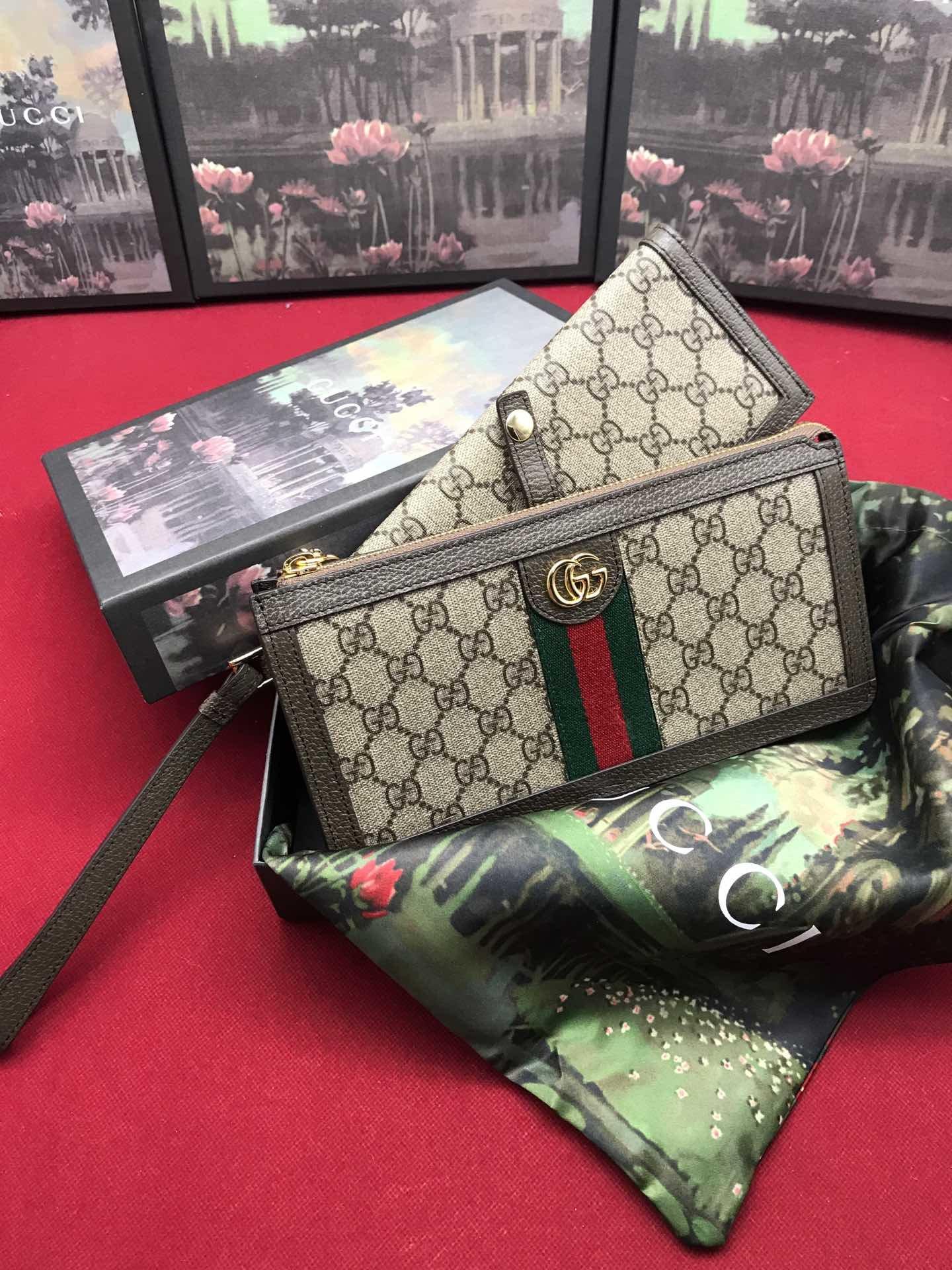 Replica Gucci Women Wallet Ophidia GG Supreme 523166
