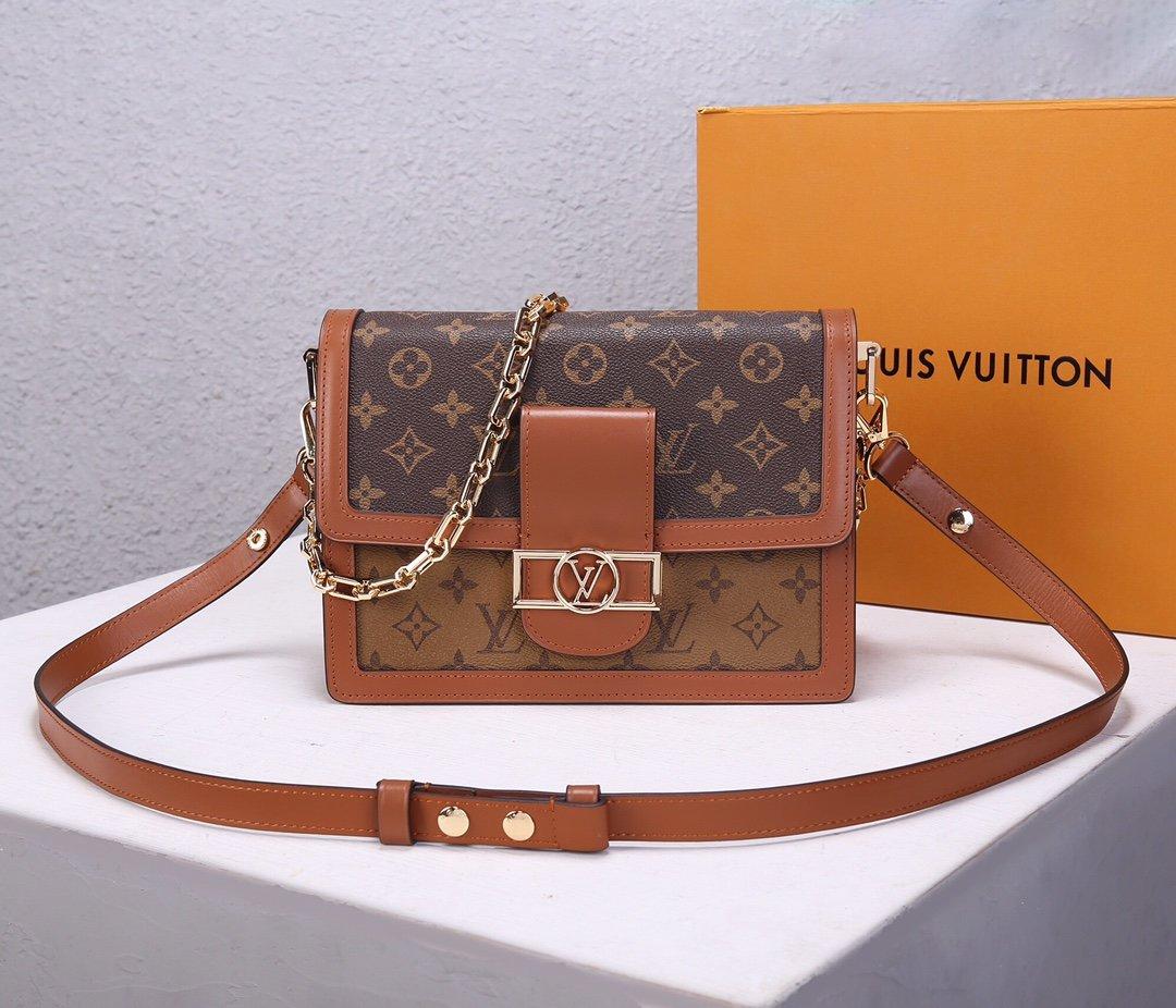 Replica Louis Vuitton M44391 Dauphine MM Latest it Bag Monogram