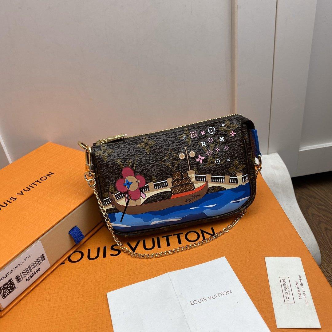 Replica Louis Vuitton M68489 Mini Pochette Accessoires Damier Ebene Coated Canvas