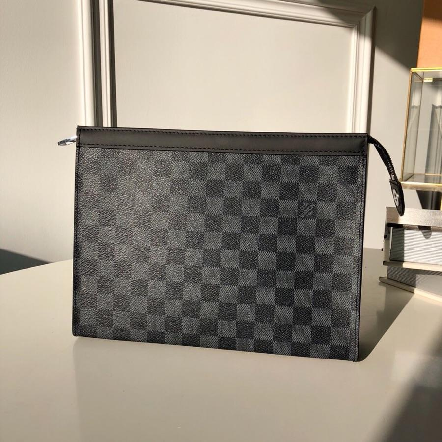 Replica Louis Vuitton Men Pochette Voyage MM Damier Graphite Canvas N41696