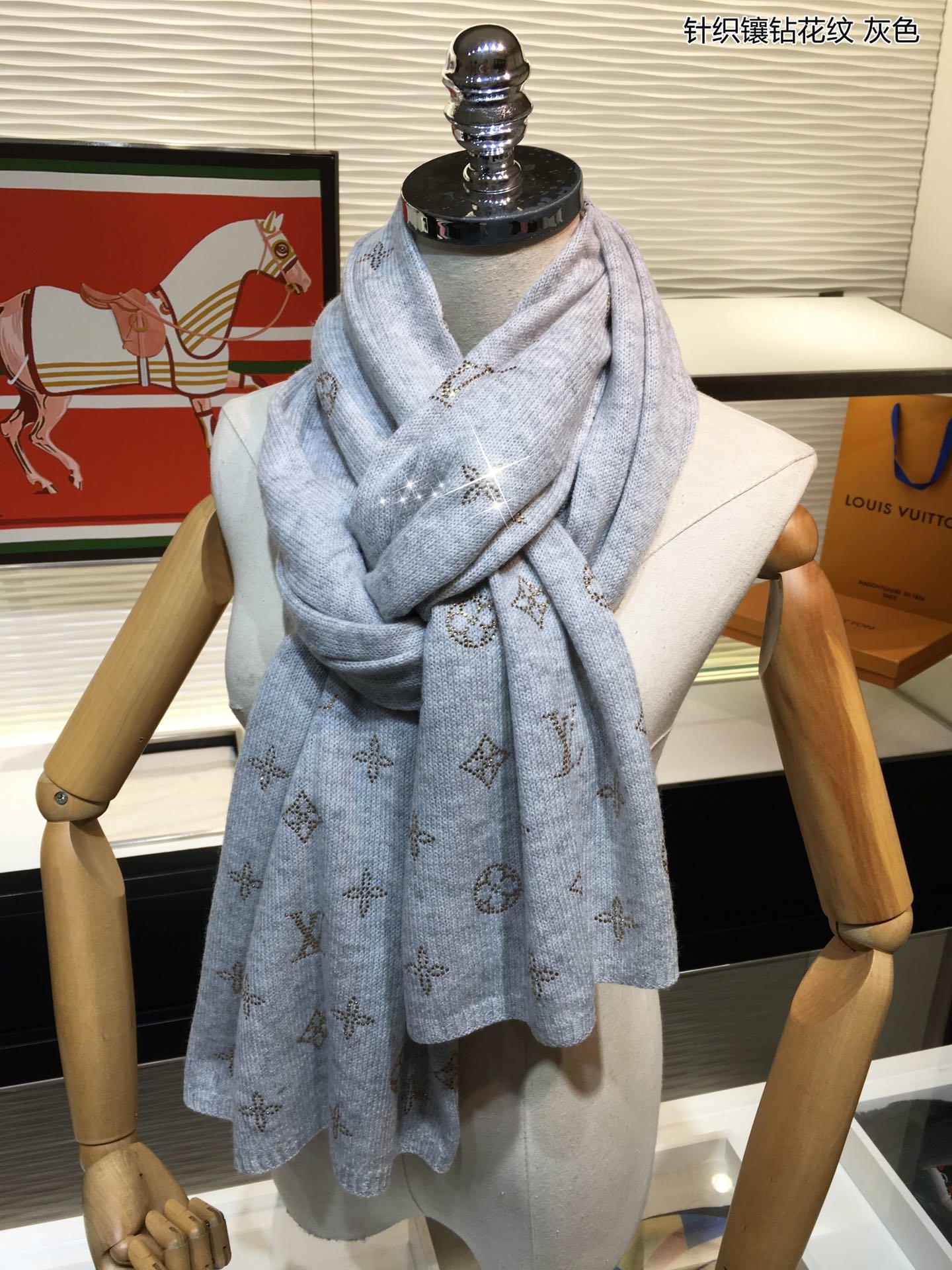 Replica Louis Vuitton Women Scarf 0021