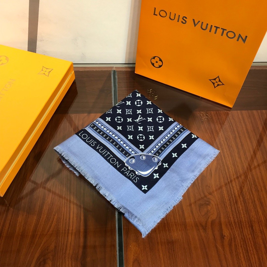 Replica Louis Vuitton Women Scarf 0034