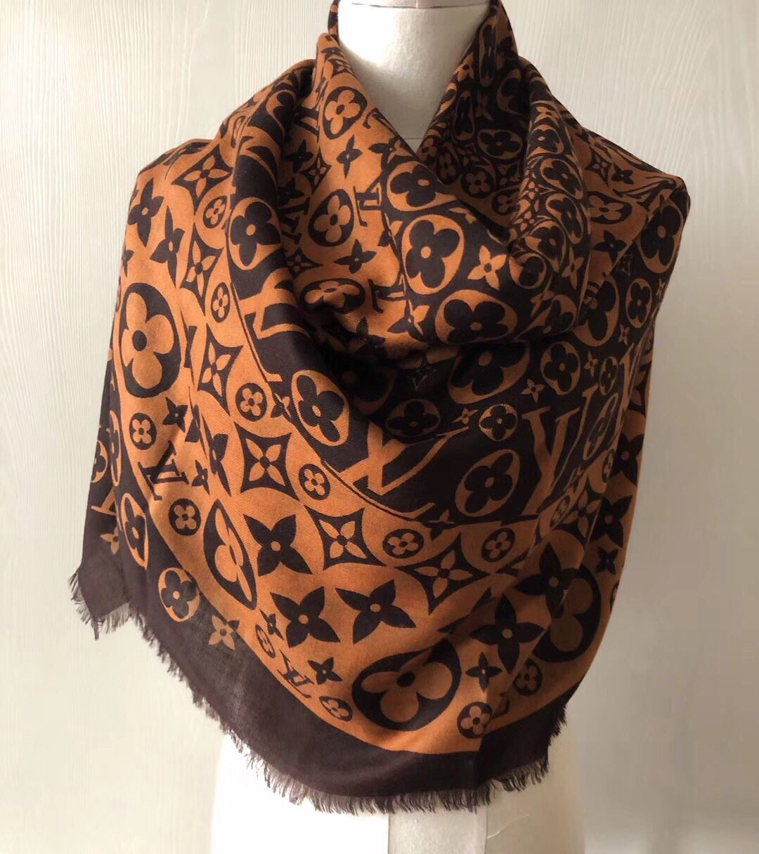Replica Louis Vuitton Women Scarf 0038