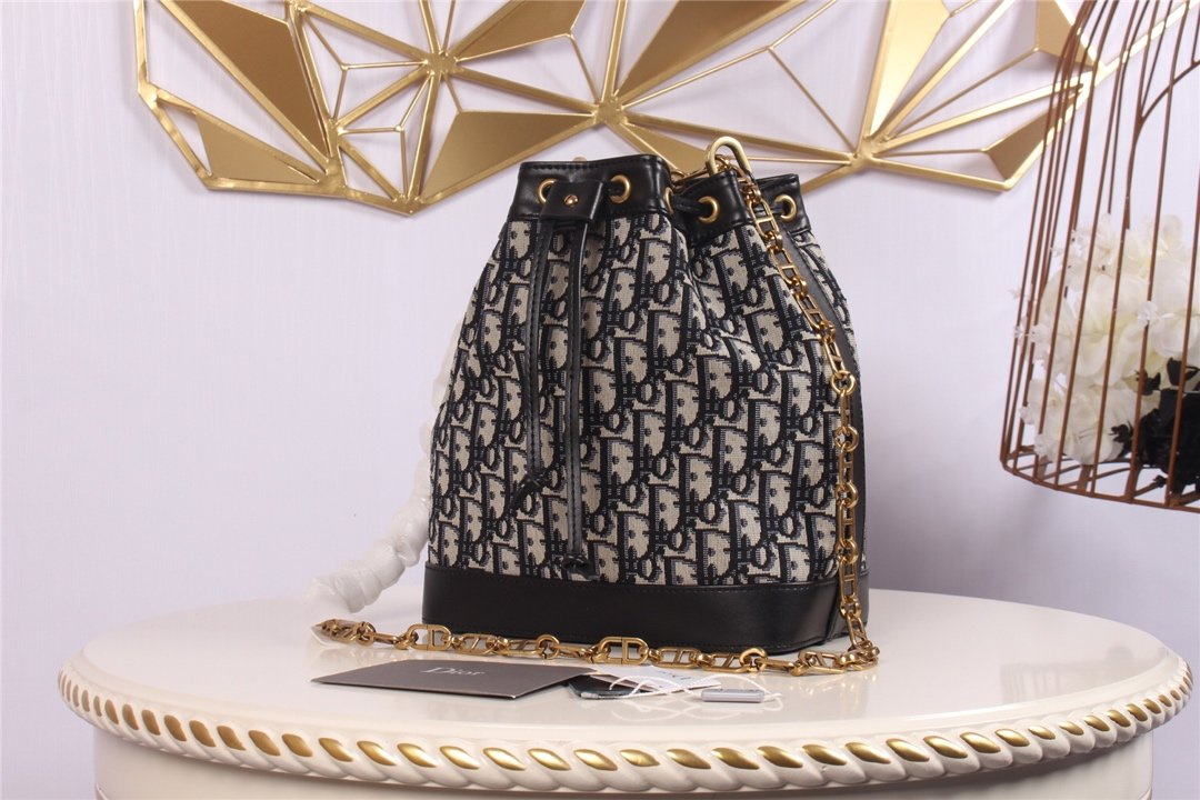Replica Miss Dior 2019 Bucket Bag Large