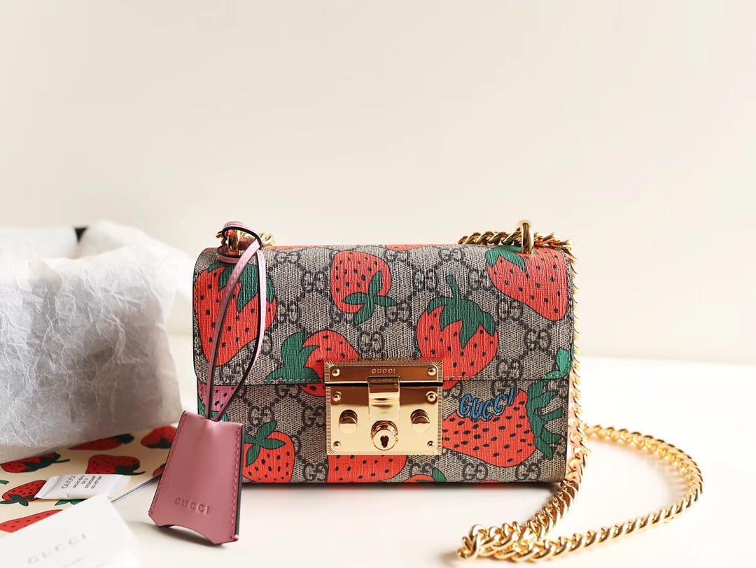 Top Quality Gucci 409487 Women Padlock GG Strawberry Small Shoulder Bag