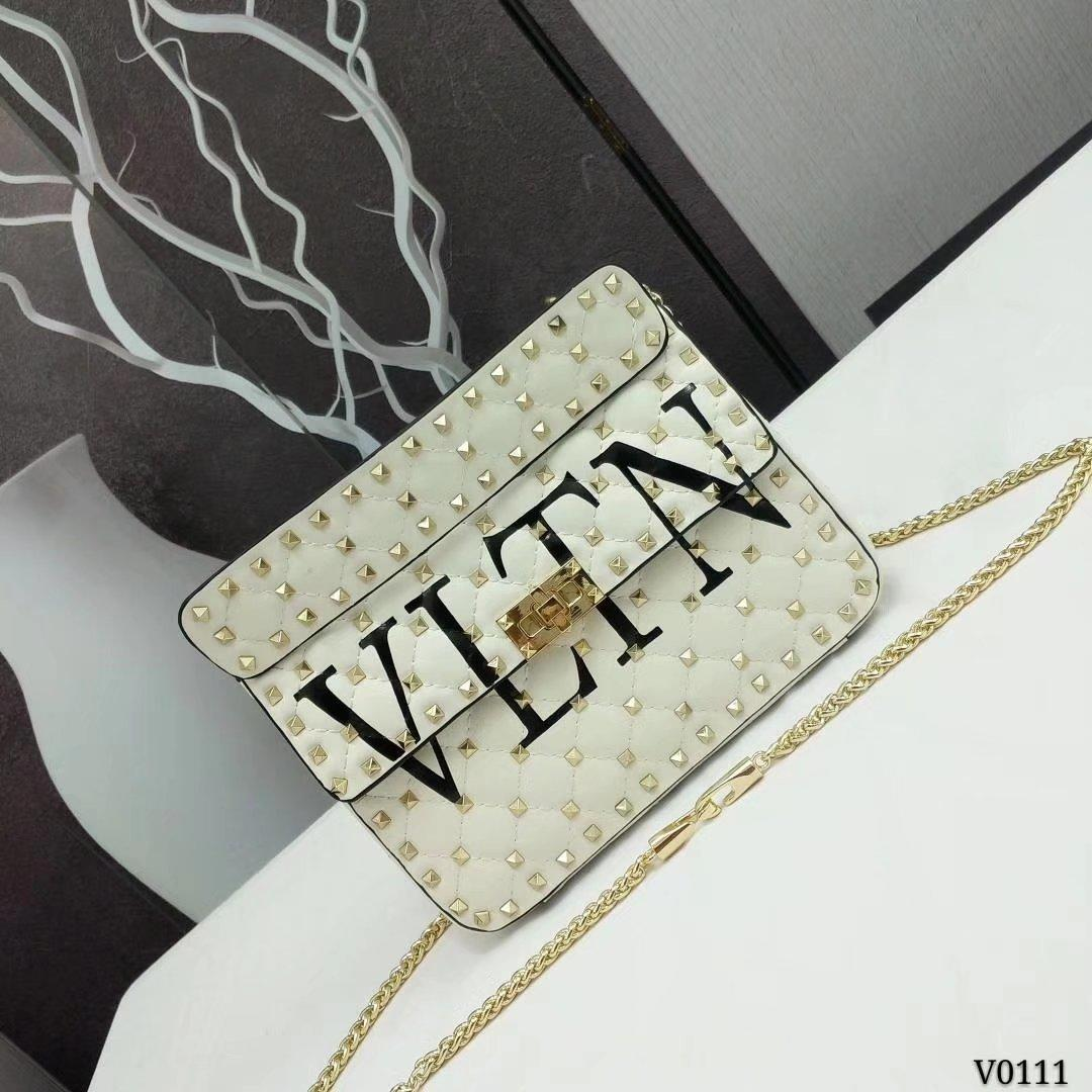Valentino Garavani Rockstud Spike Medium Chain Bag White