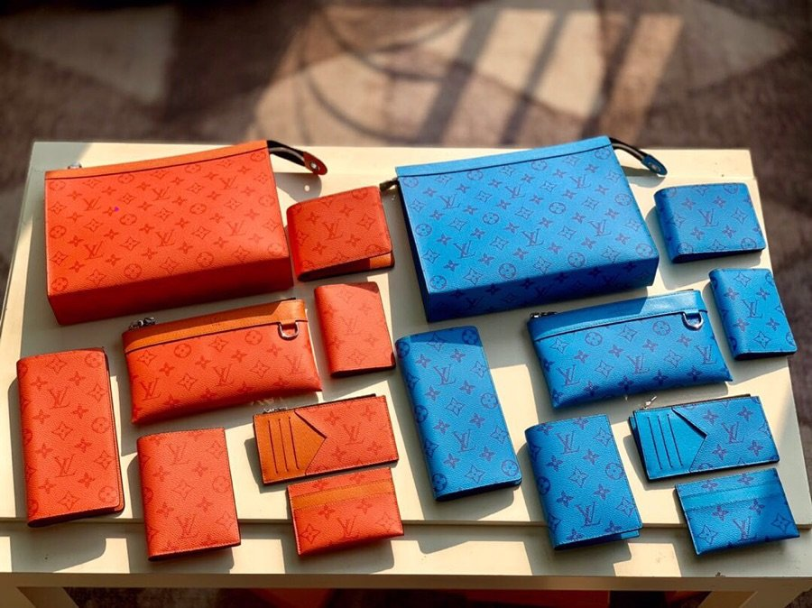 Perfect Replica Louis Vuitton 2020 New wallet and pouch