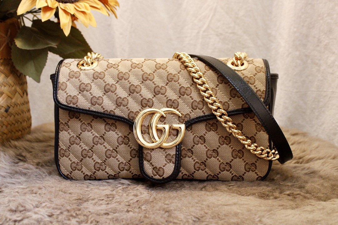 2020 Replica Gucci GG Marmont Small Shoulder Bag