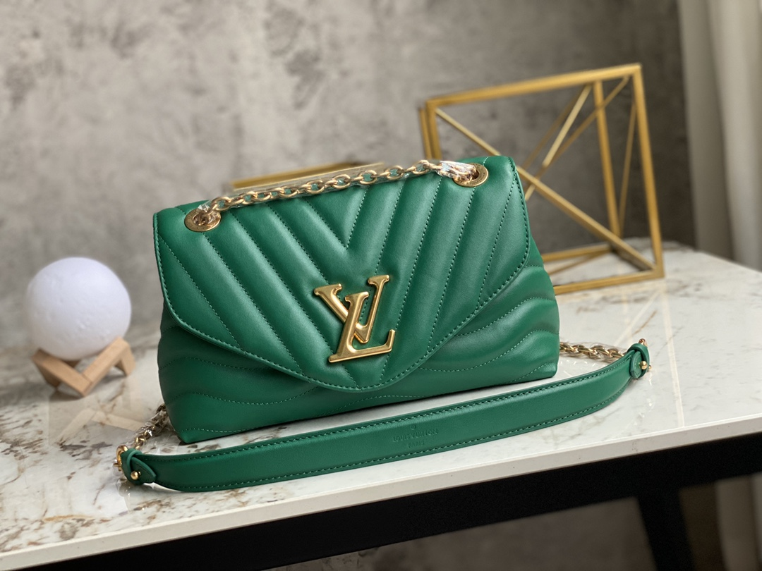 AAA Replica Louis Vuitton M58664 LV New Wave Chain Bag Smooth Cowhide Leather Emerald Green