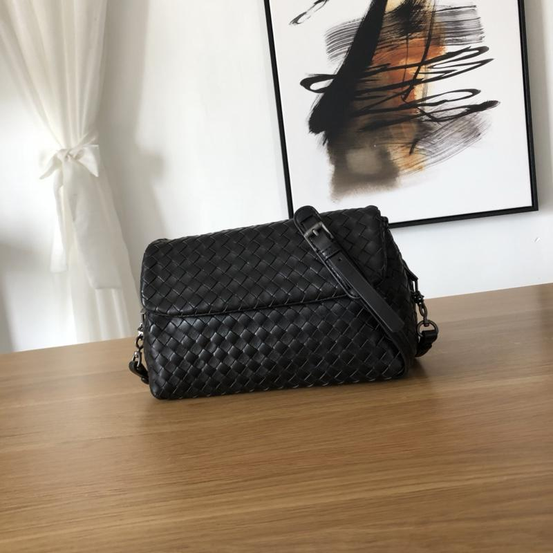 Bottega Veneta Women Small Messenger Bag Black
