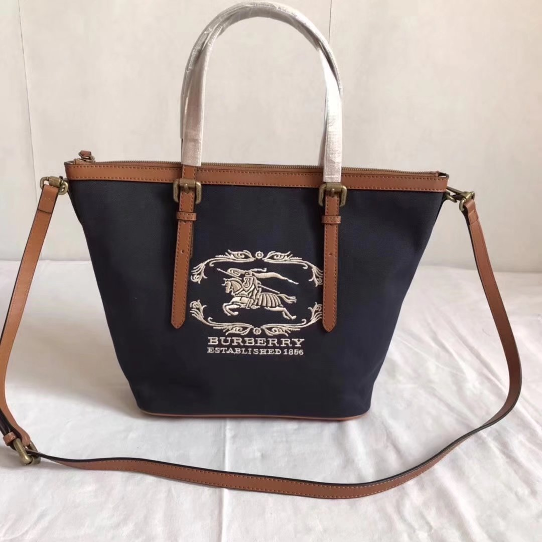 Burberry BR002 Women Shopping Shoulder Bag Blue And Coffee