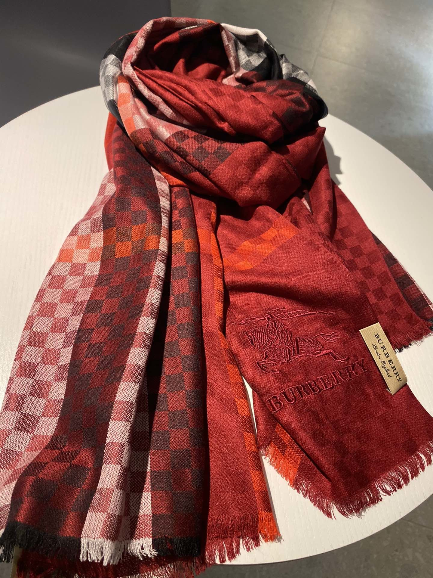 Cheap Replica Burberry Women Scarf 0017