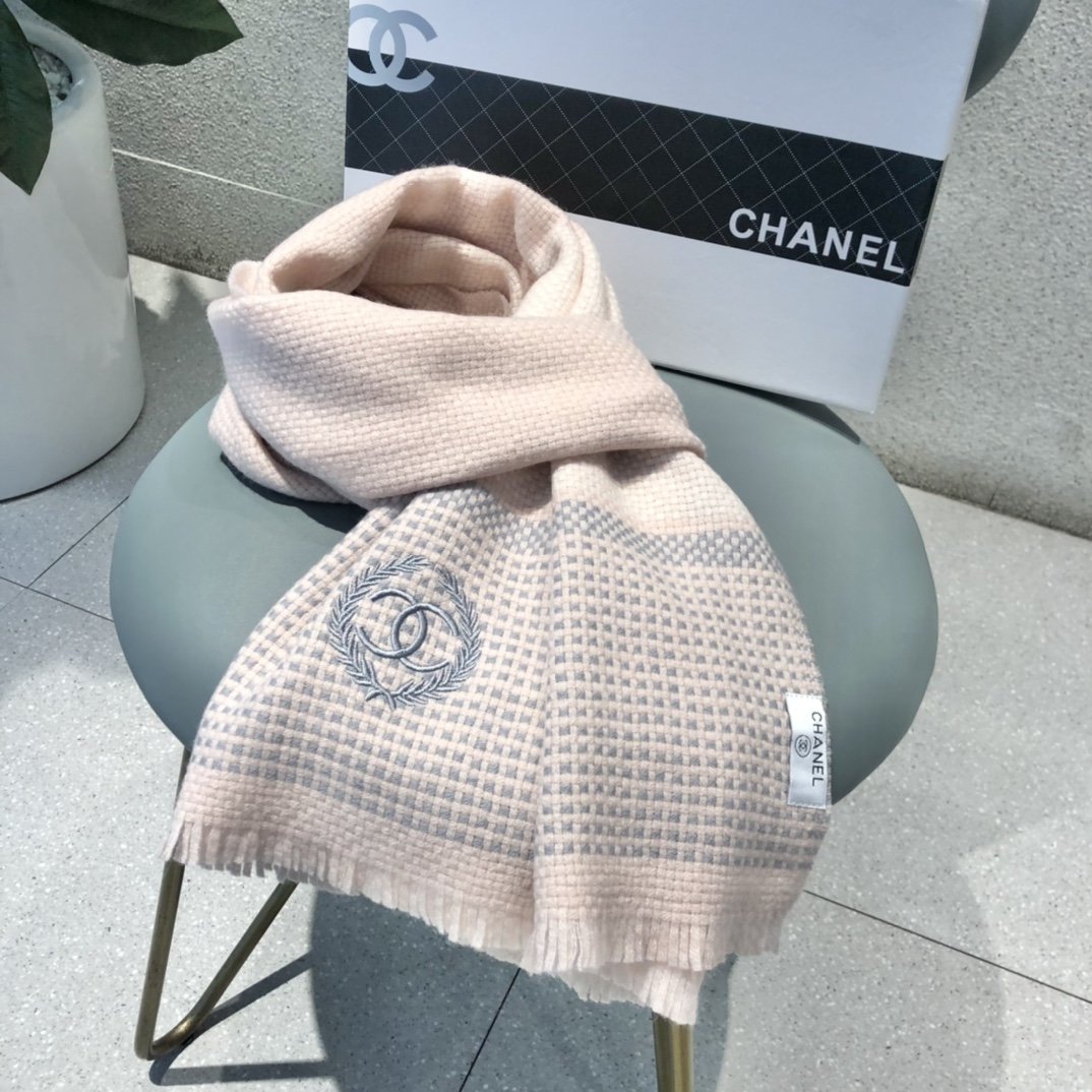 Cheap Replica Chanel Women Scarves 0028