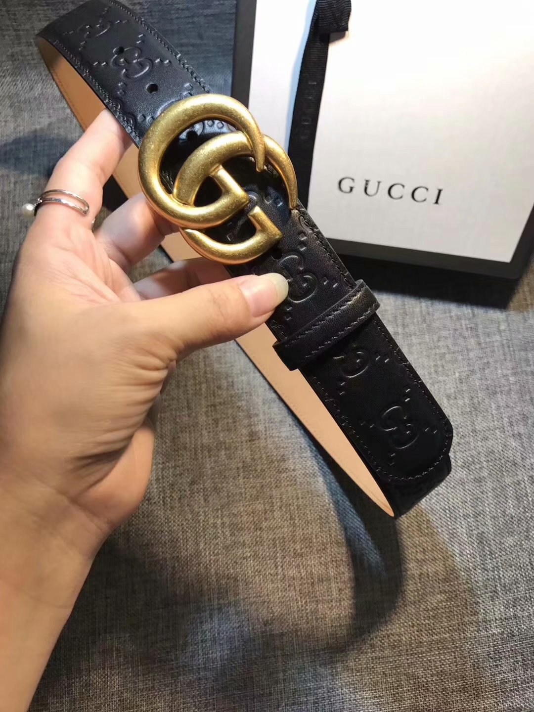 Cheap Replica Gucci Women Leather Belt Black Width 3.5cm With Gold Buckle 082