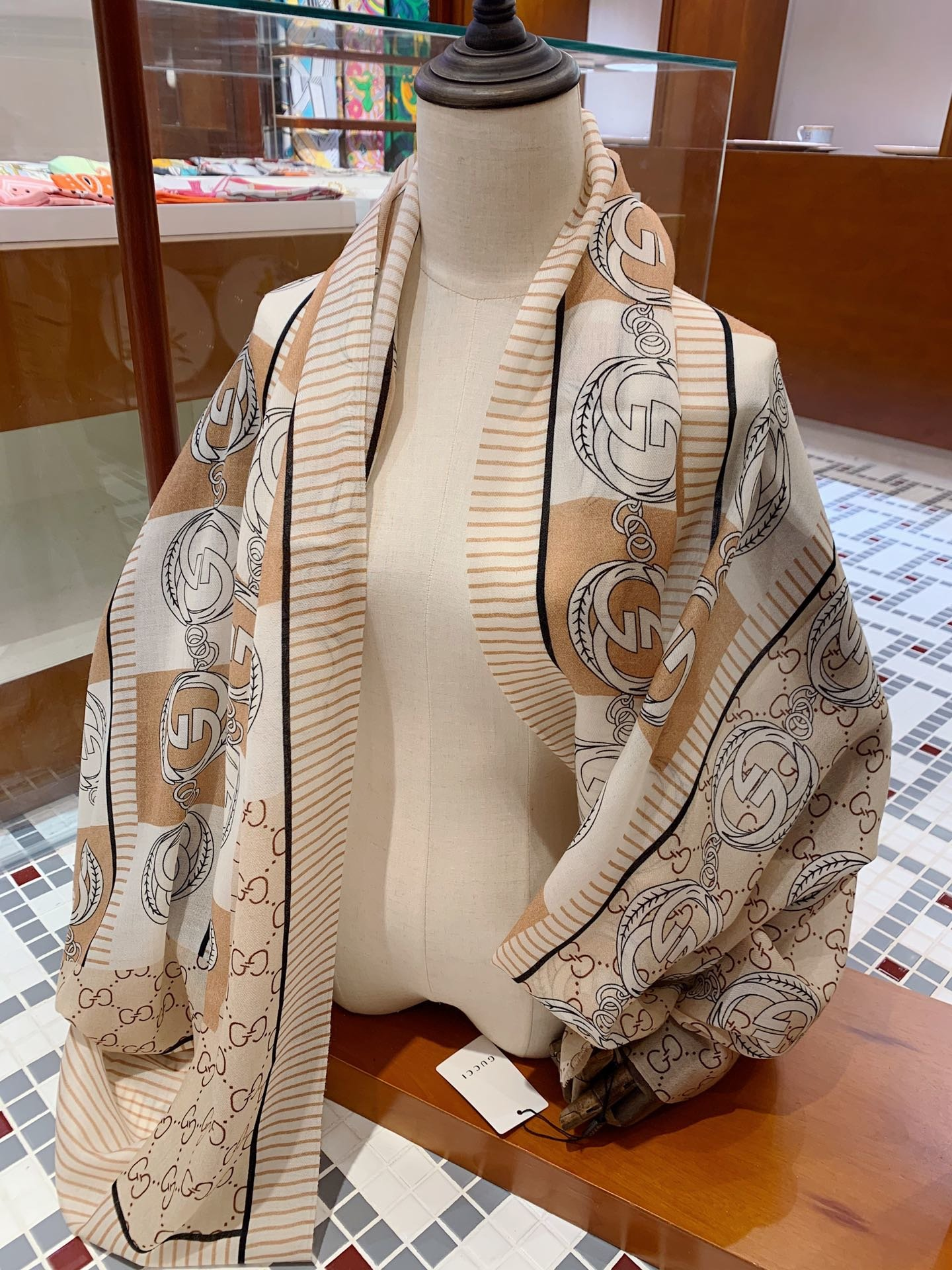 Cheap Replica Gucci Women Scarves 0008