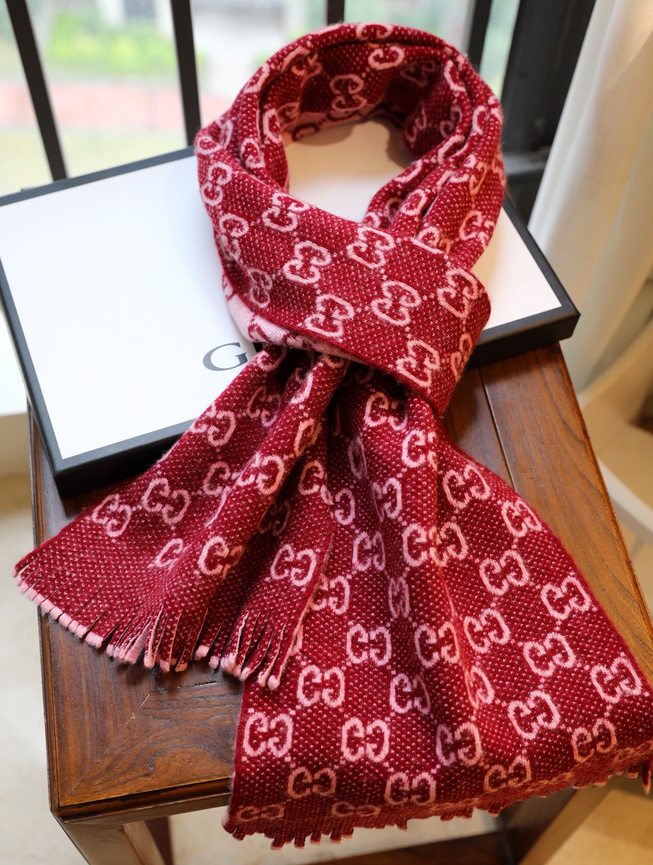 Cheap Replica Gucci Women Scarves 0021