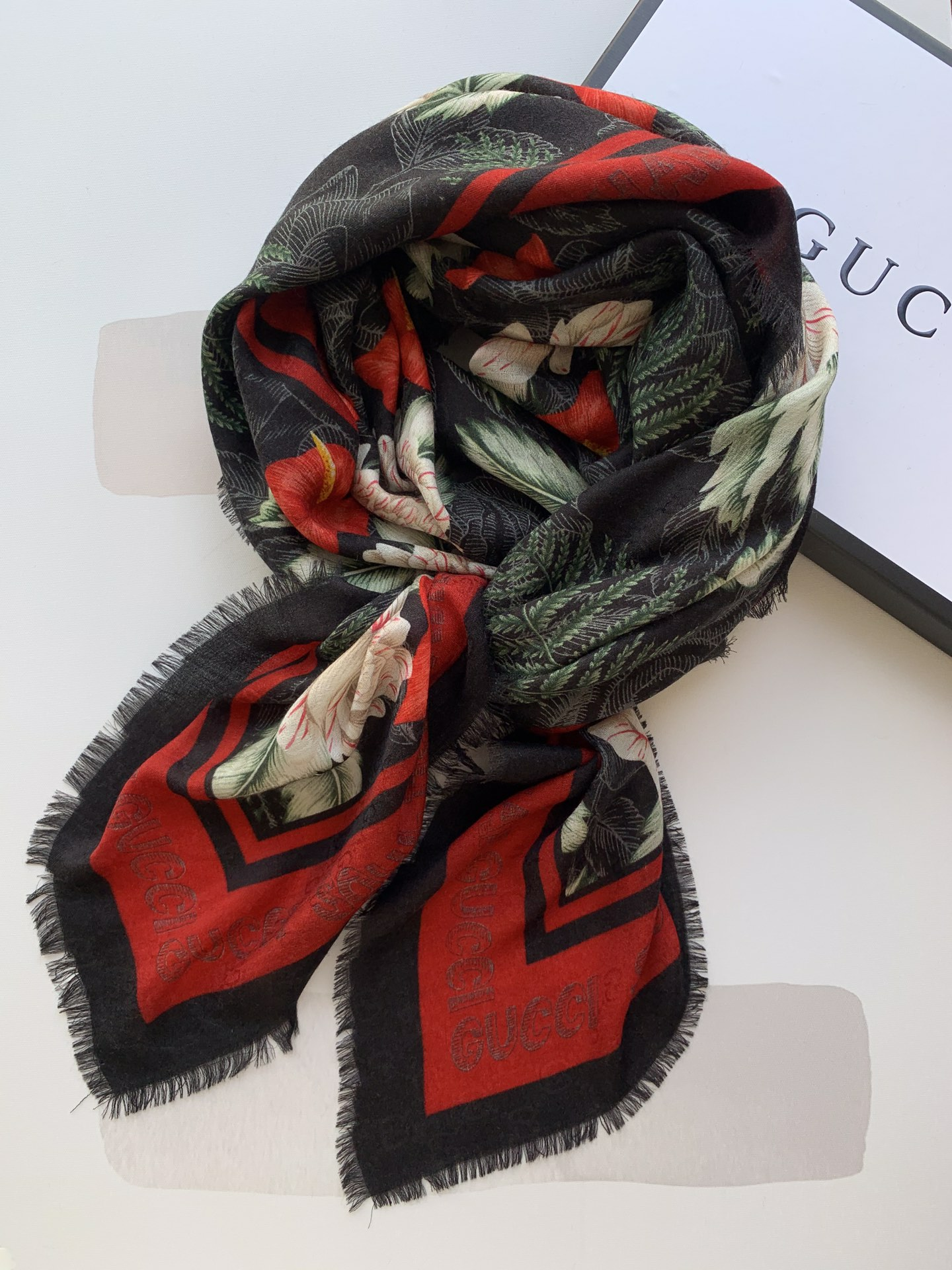 Cheap Replica Gucci Women Scarves 0023