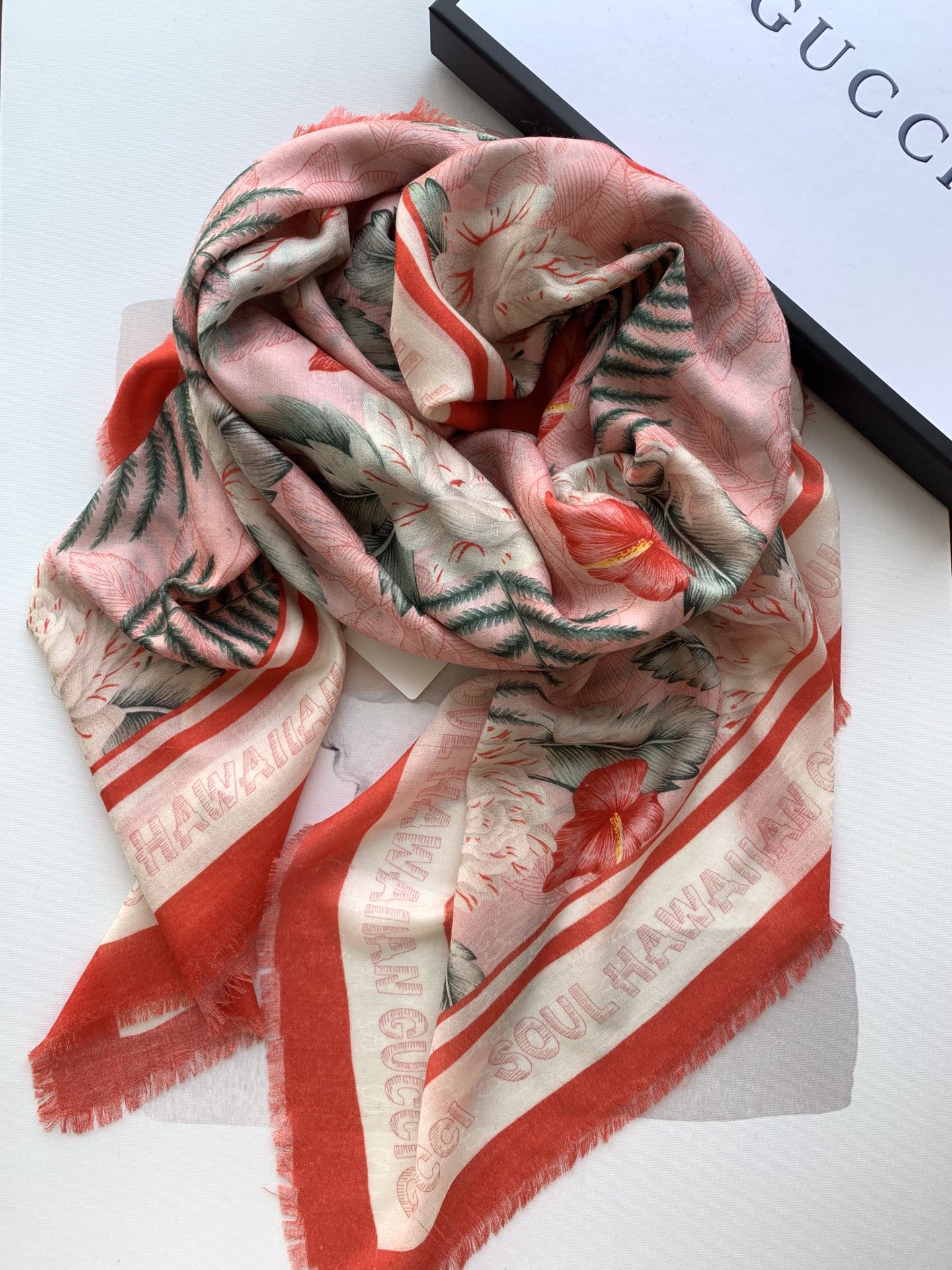 Cheap Replica Gucci Women Scarves 0024