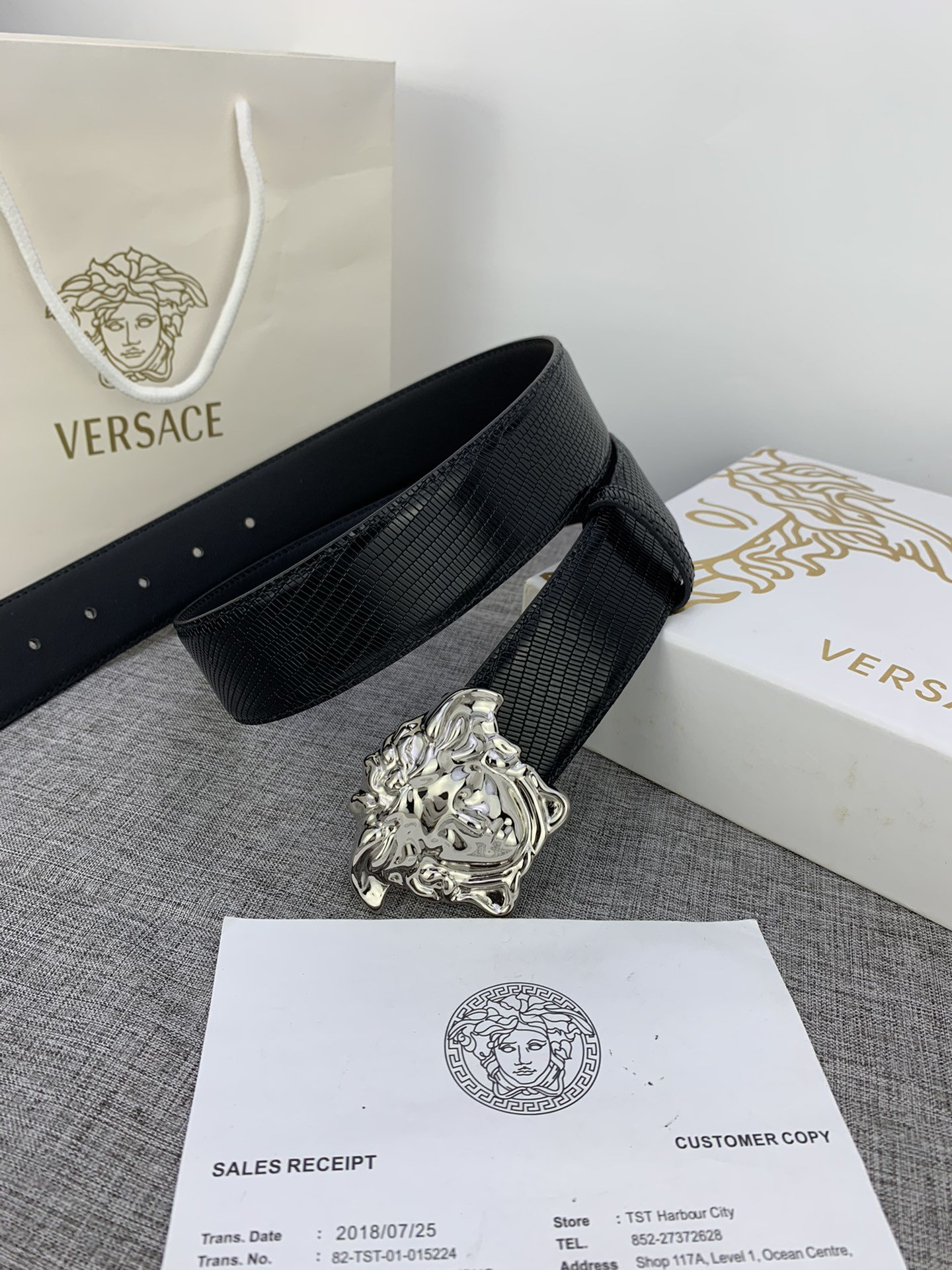 Cheap Replica Versace Men Reversible Leather Belt Width 4cm With Gold Buckle 024
