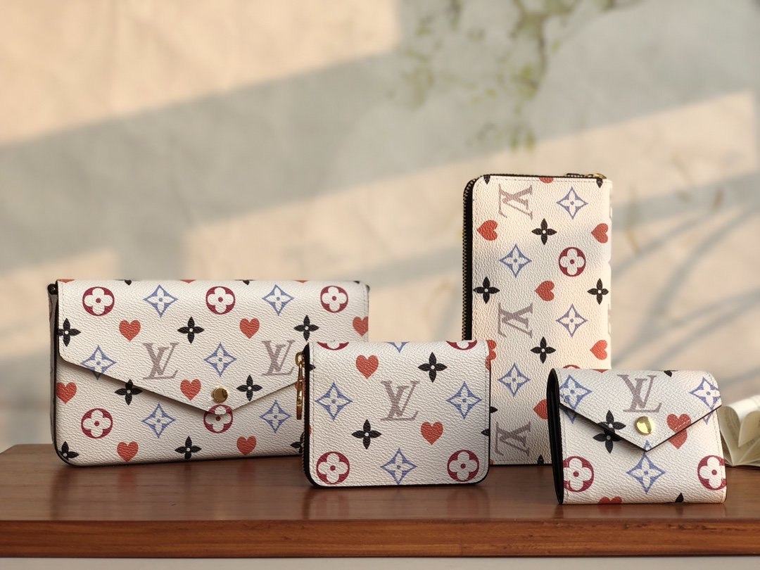 Copy Louis Vuitton 2021 Game On collection of Leather Goods White