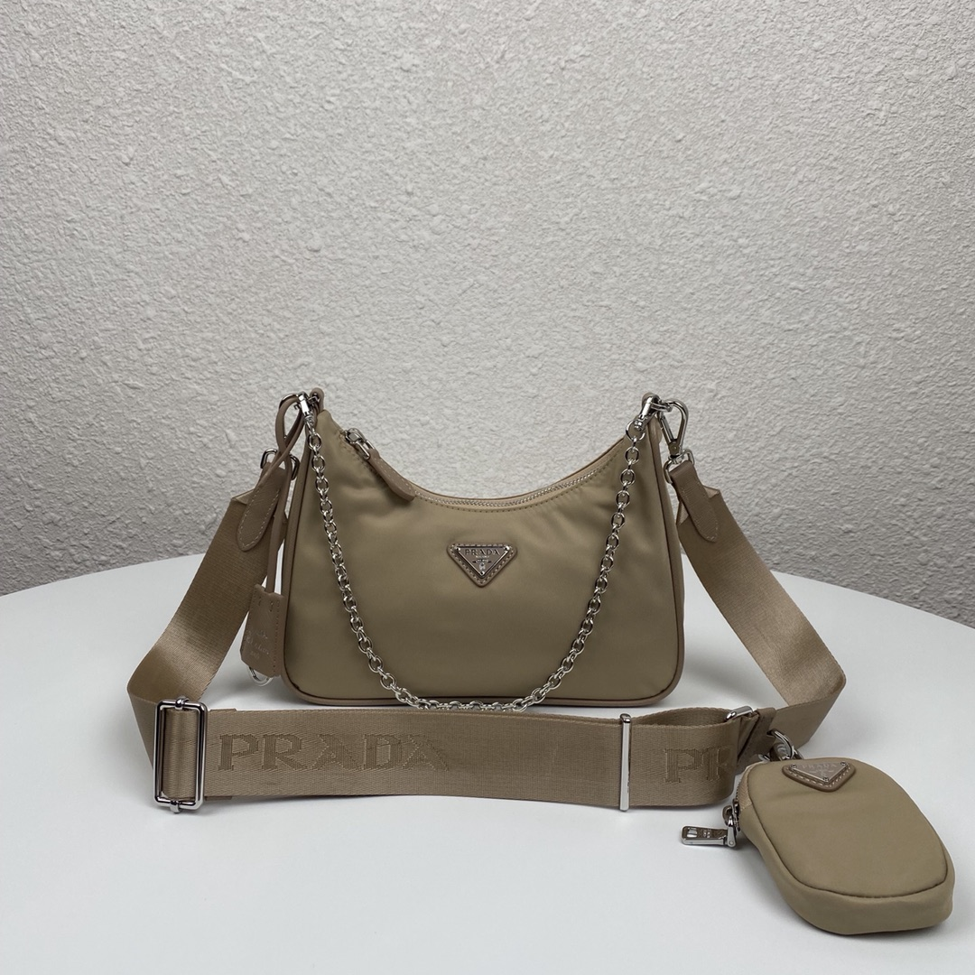 Copy Prada 1BH204 Re-Edition 2005 Re-Nylon Bag Gray