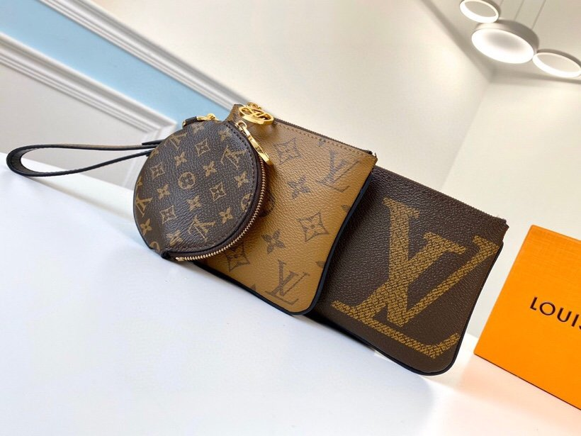High Quality Louis Vuitton M68756 Trio Pouch Monogram Canvas