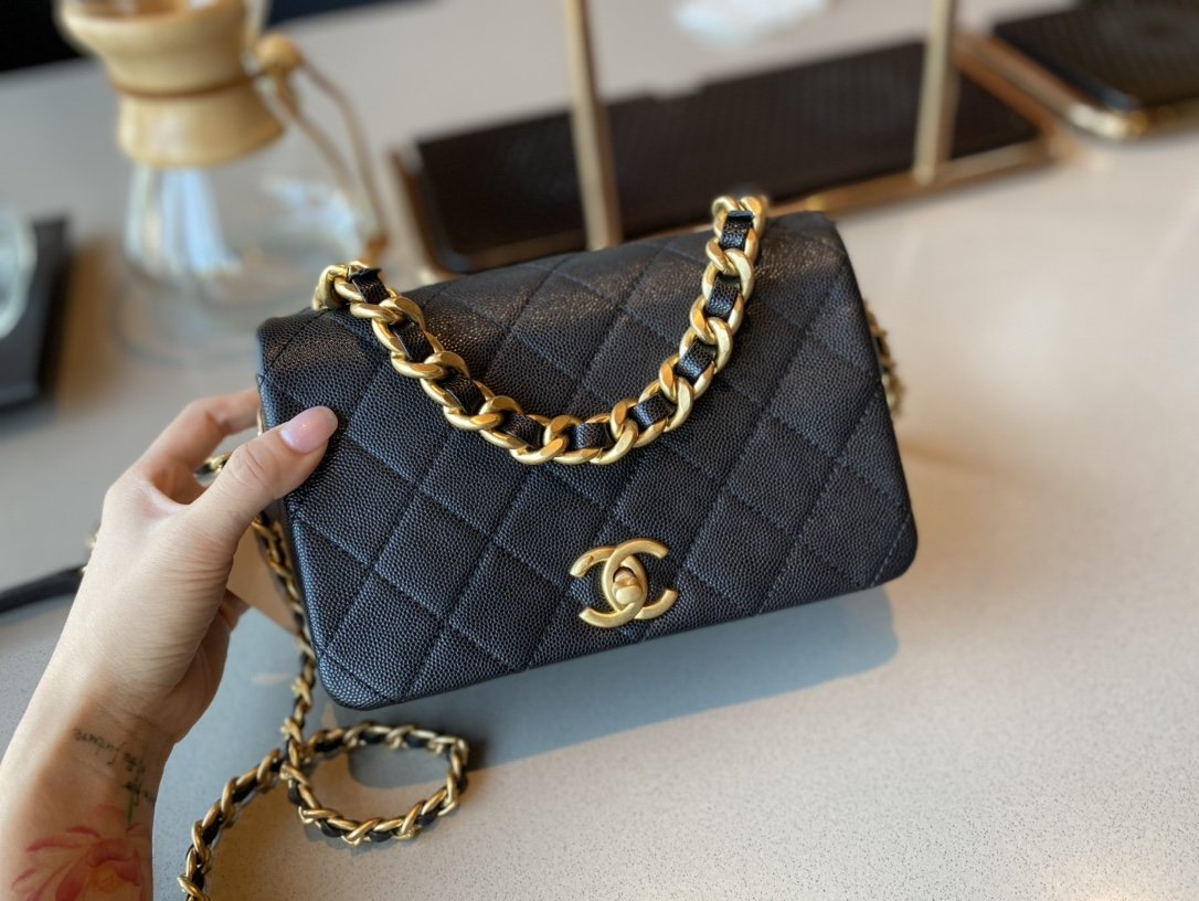 NEW Replica Chanel AS1895 Flap Bag Black Cow Leather Gold-Tone Metal