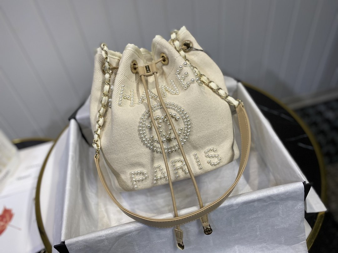 NEW Replica Chanel Small Drawstring Bag Grained Calfskin Beige
