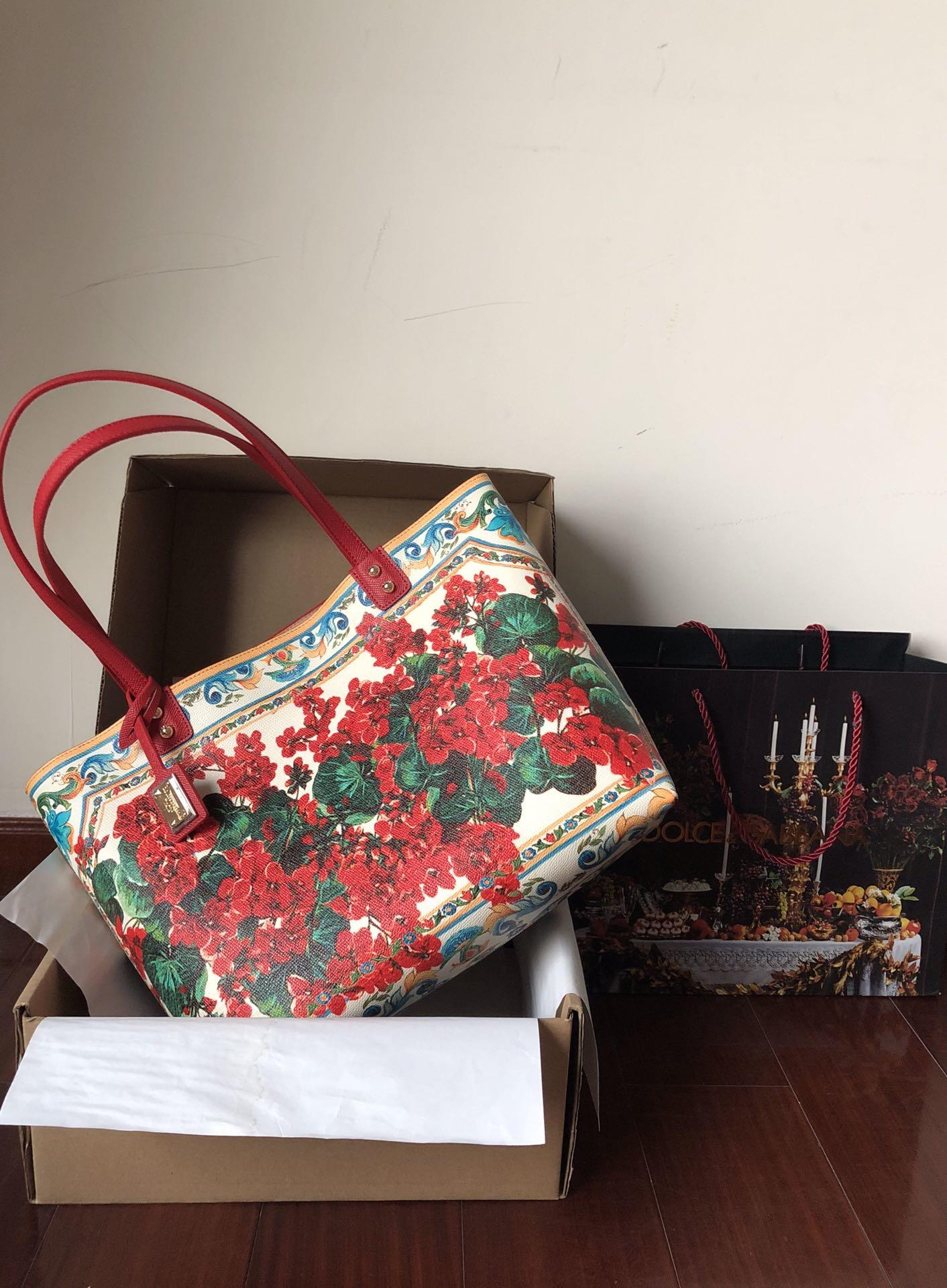 New Replica Dolce & Gabbana Women Shopping Bag