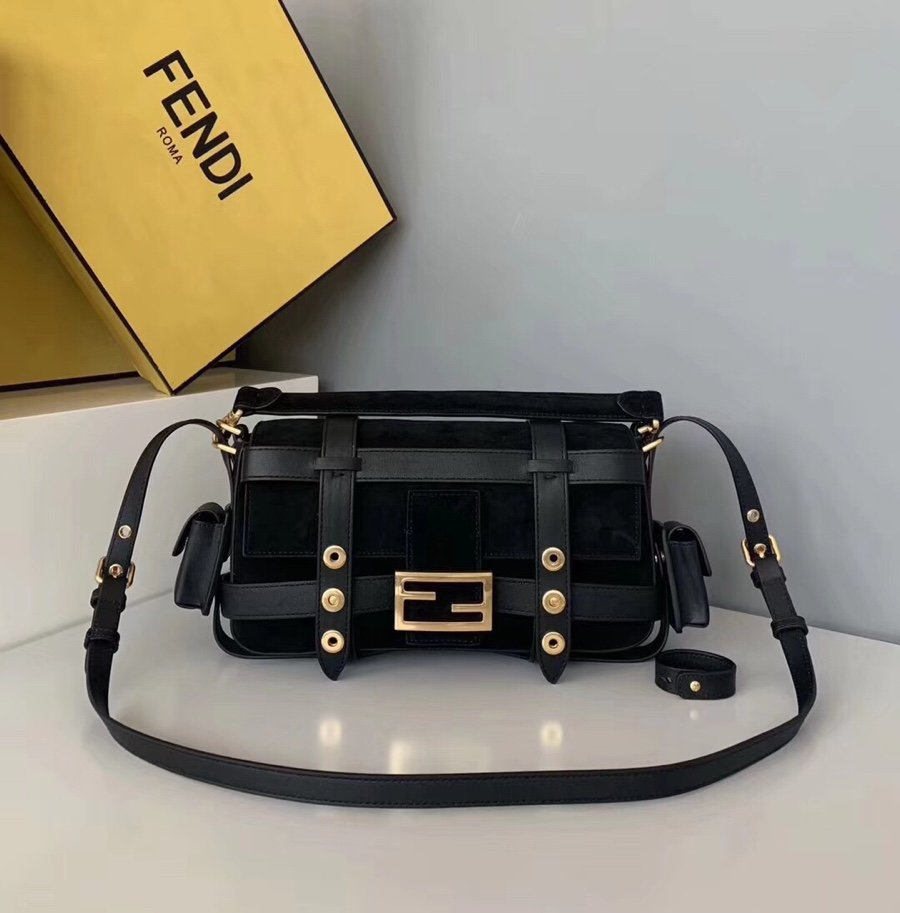 Original Copy Fendi Iconic Baguette Bag with Flap and FF Fastening with Magnetic Clasp Black
