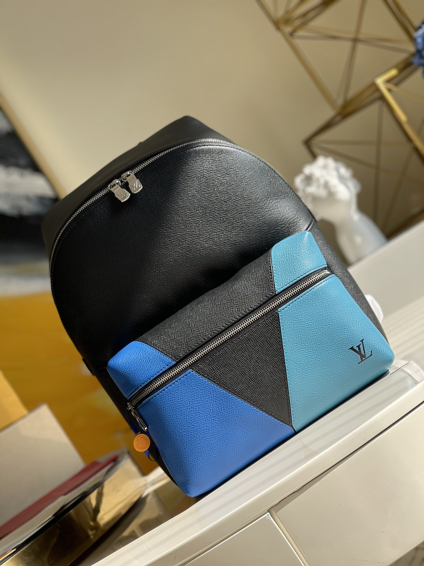 Original Copy Louis Vuitton M30735 Discovery Backpack Blue monochrome Taiga Leather