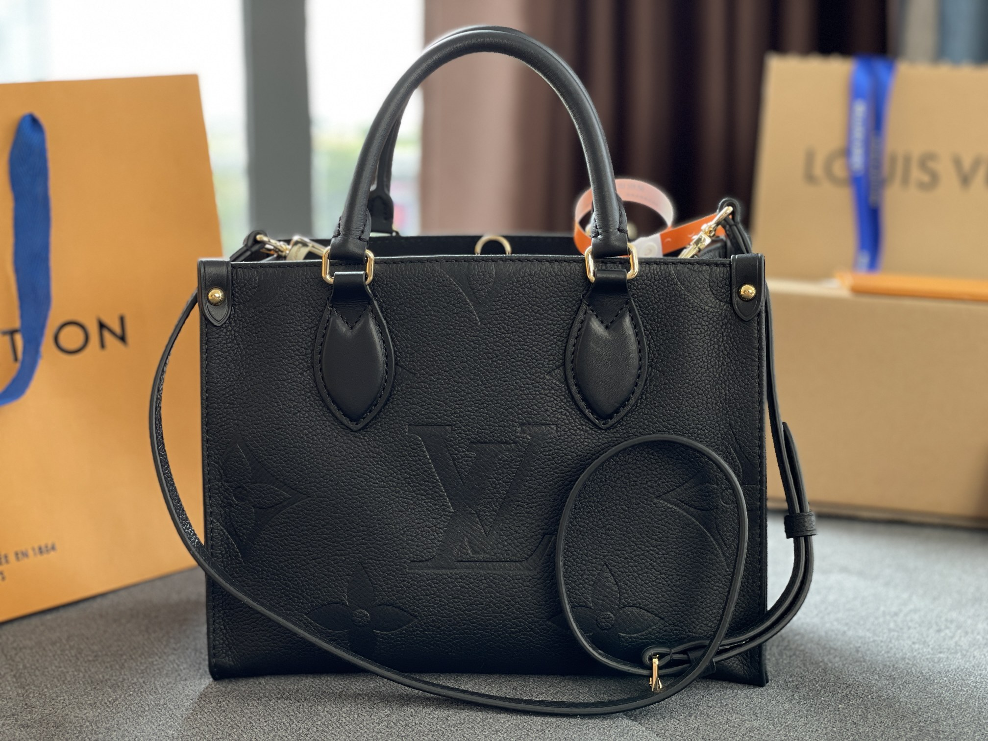 Original Copy Louis Vuitton Onthego PM Embossed Grained Cowhide Leather Black