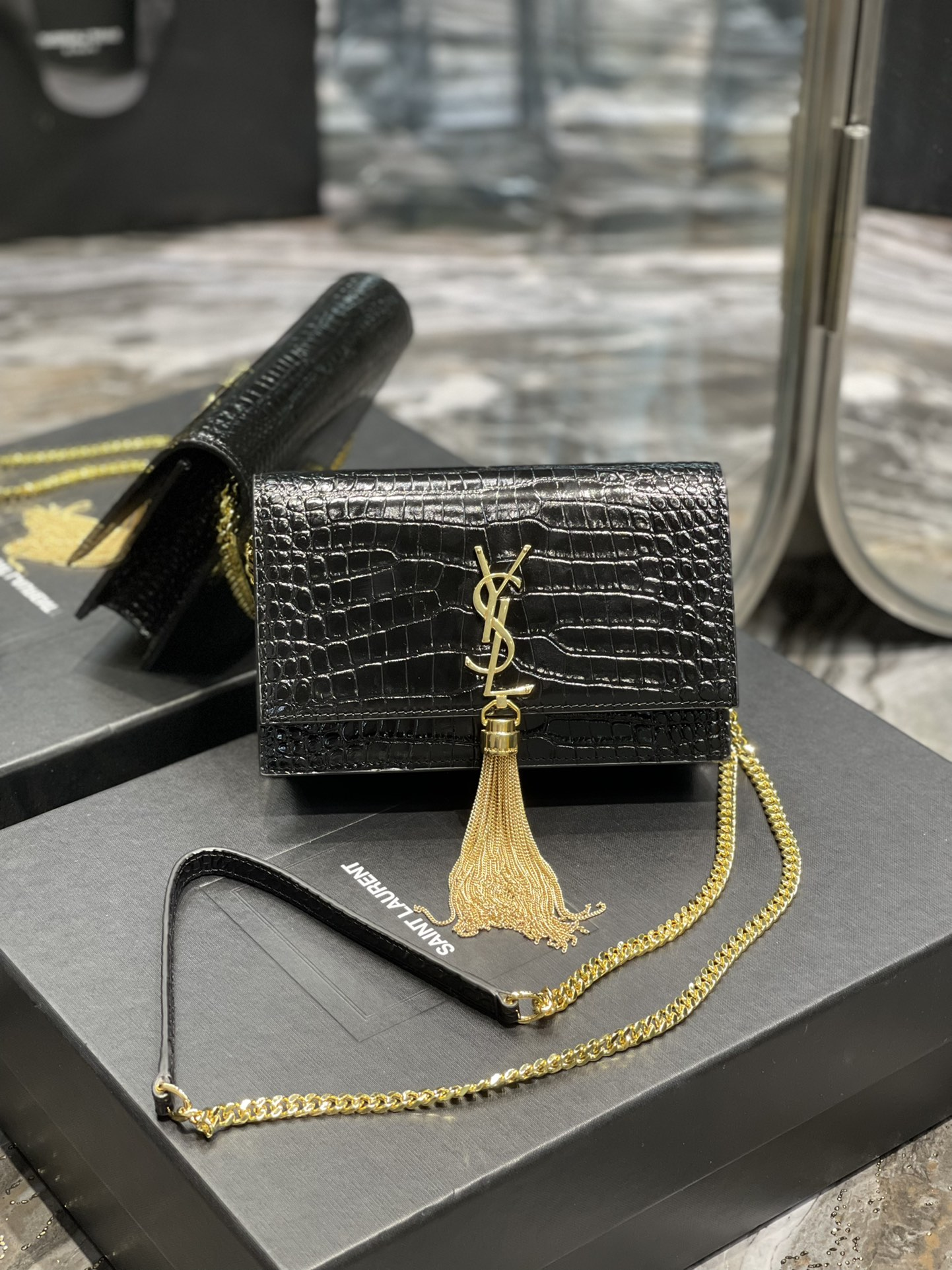 Original Copy Saint Laurent Kate Chain Wallet with Tassel in Crocodile-Embossed Shiny Leather Gold Hardware Black