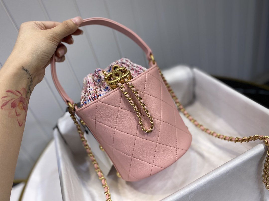 Perfect Replica Chanel Small Drawstring Bag Calfskin Tweed Gold-Tone Metal Light Pink Multicolor